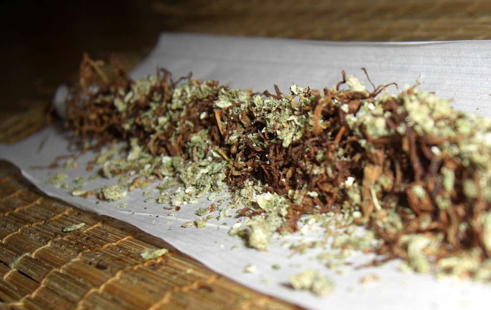 Police in Paphos allegedly finds cannabis in student's bag
