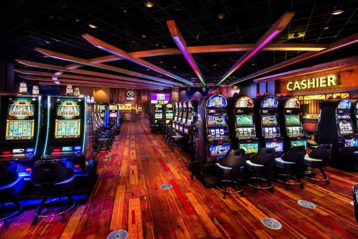 Larnaca Airport eyed for satellite casino