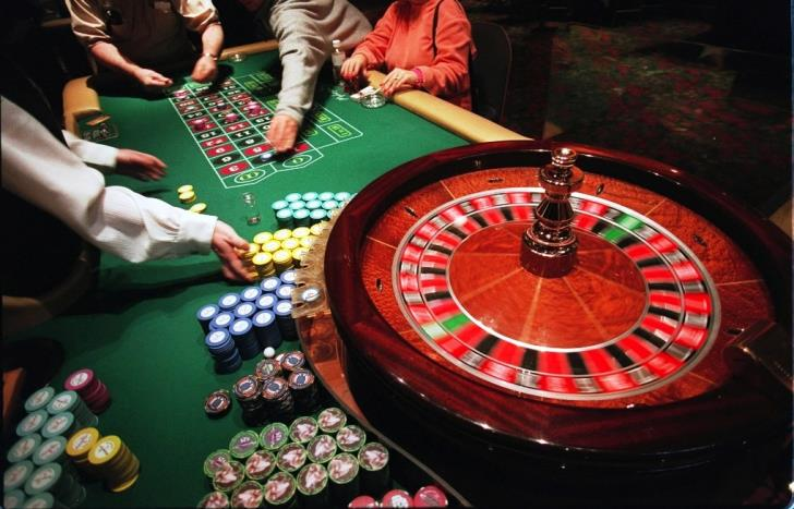 Updated: Casino employee remanded; denies any involvement