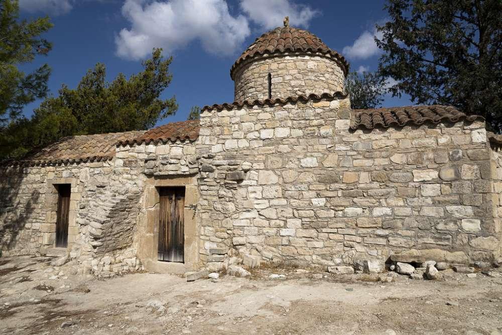 Choulou churches