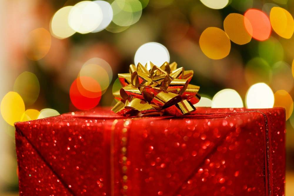 Christmas shopping hours