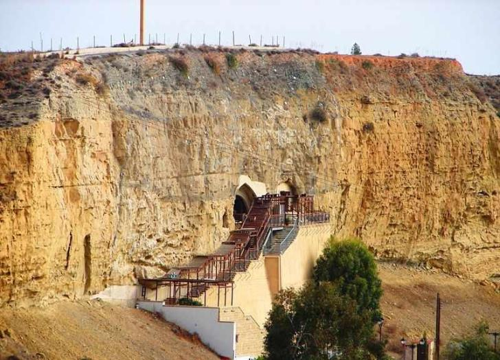 Construction of petrol station above Chrysospiliotissa postponed