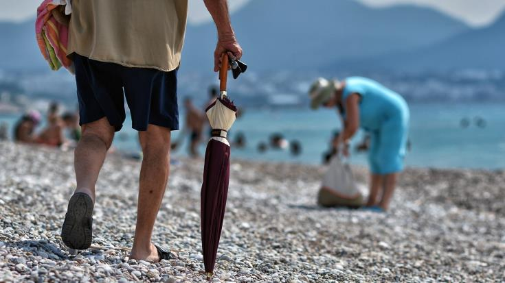 Cyprus volunteers join 'Clean Up the Med' campaign