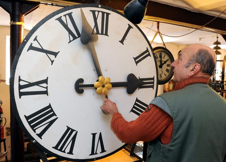 Cyprus puts clocks forward by one hour