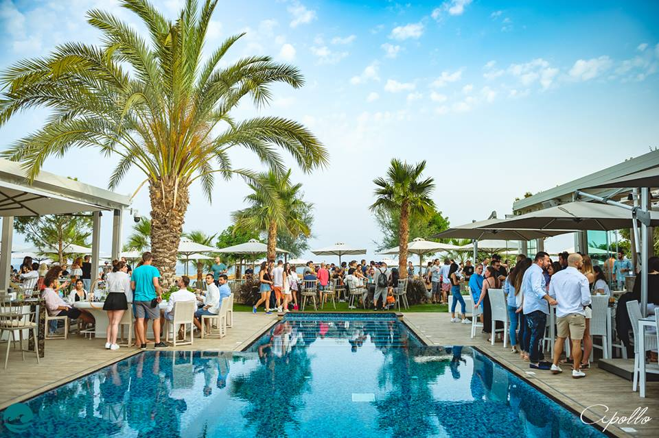 From the bar right into the sand: 5 Beach Bars in Limassol