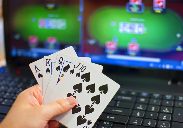 8 computers seized in free Famagusta area during gambling investigation