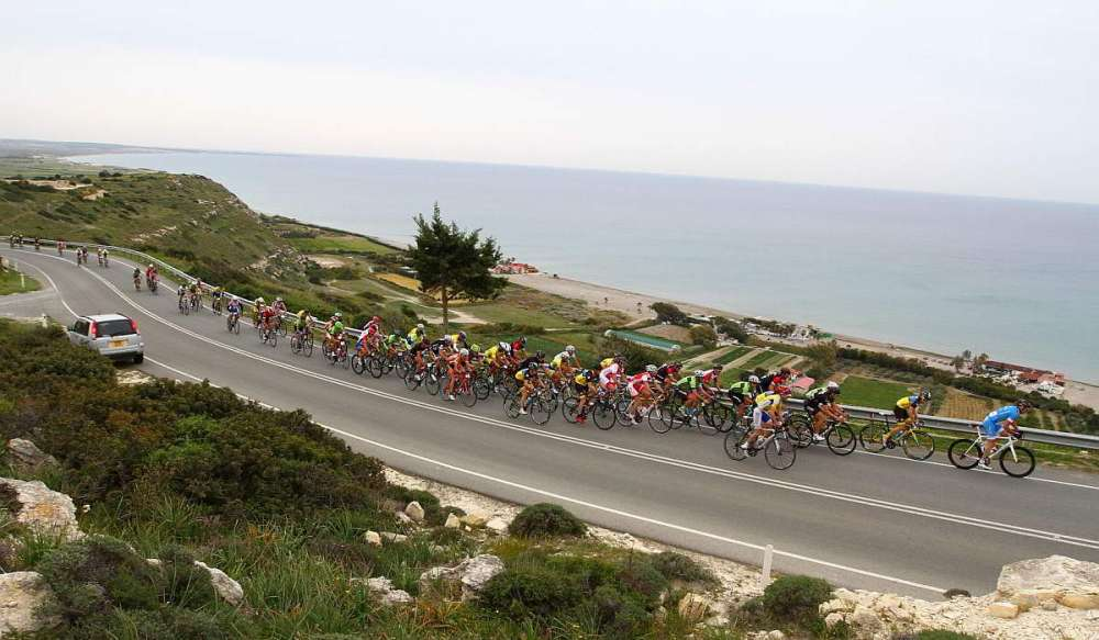 Cycling: A treat for training and for the eyes
