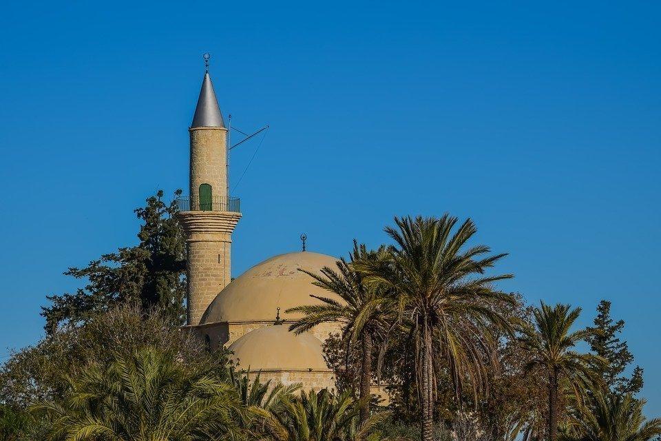Cyprus, Larnaca, Hala Sultan Tekke, Salt Lake, Mosque