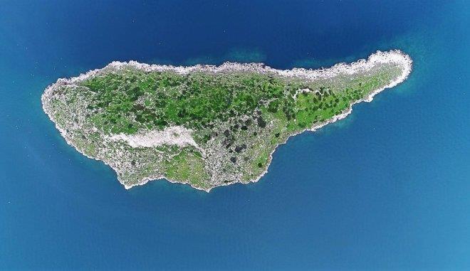 Cyprus' little twin (video)