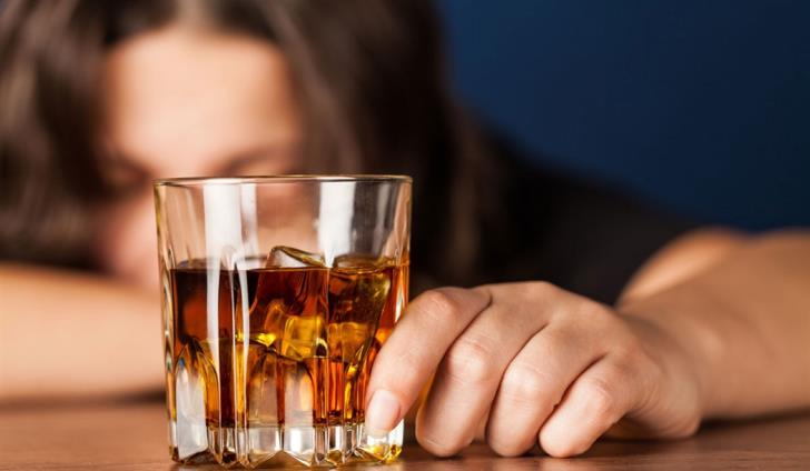 Government bill to ban alcohol in public places