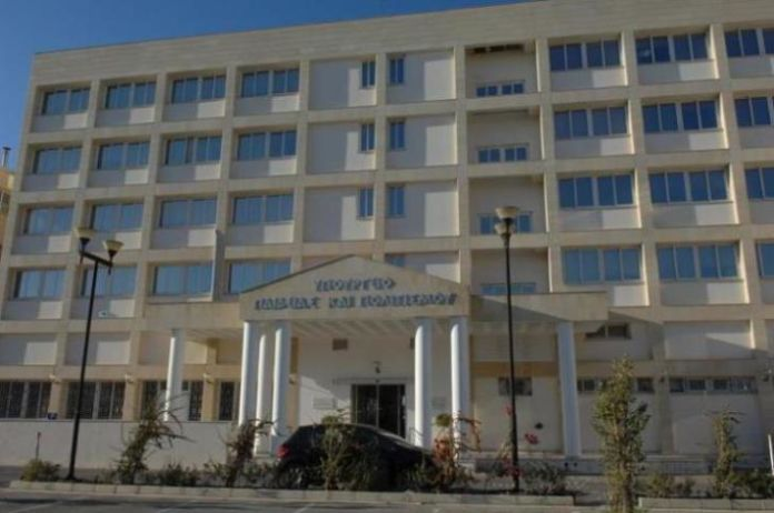 Coronavirus:  All schools in Cyprus to close for one week