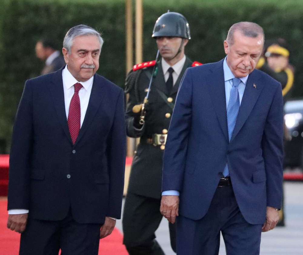 Erdogan threatens to increase military presence in Cyprus