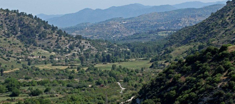 Ezousa Valley