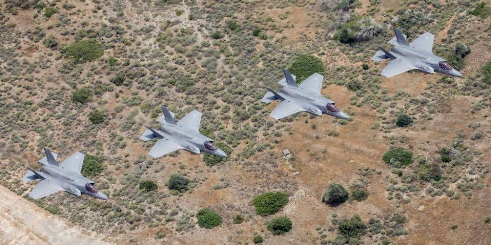 UK F-35 jets in formation over Cyprus during exercise Lightning Dawn (photos)