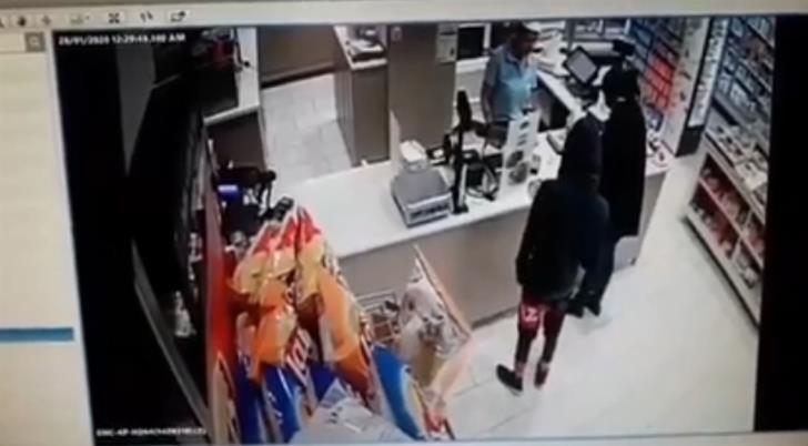 Would-be robber leaves empty handed thanks to cool headed employee (video)