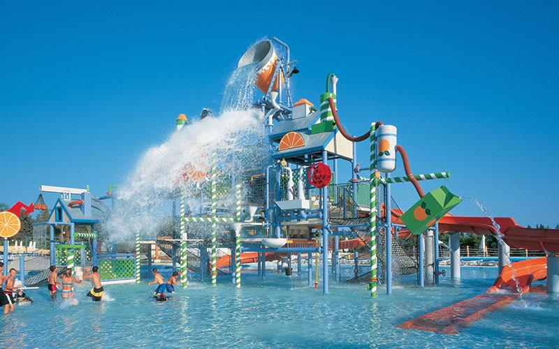 "Fasouri ""Water mania"" Waterpark"