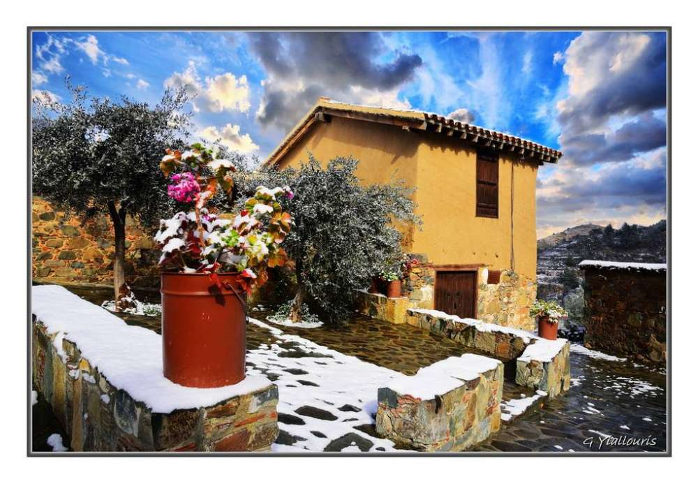 Villages of Cyprus welcoming 2019 covered in snow (photos)