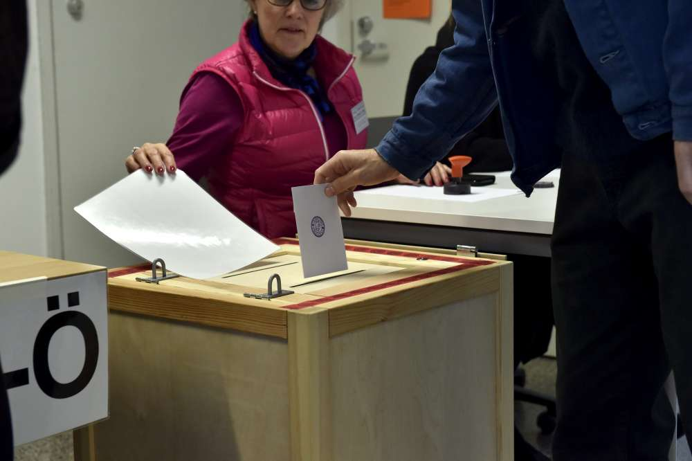 Finnish voters may pave way for first leftist premier in two decades