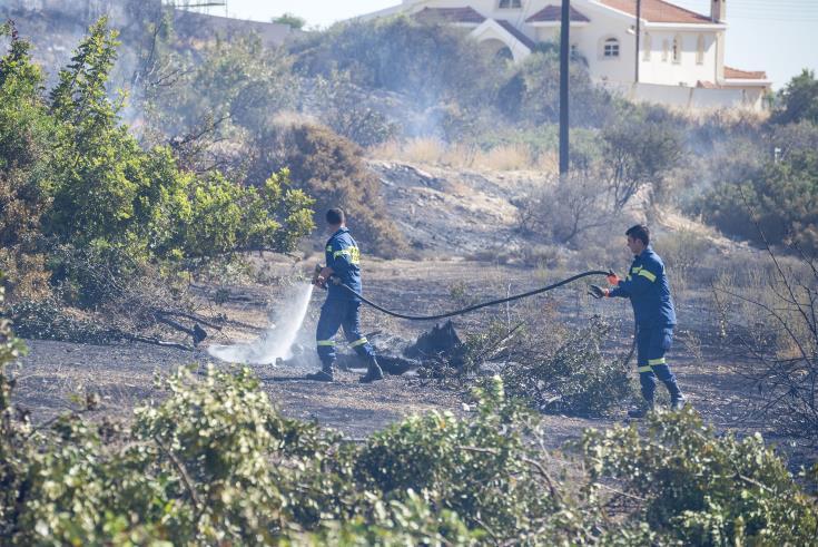 Crews battling fire in Ypsonas