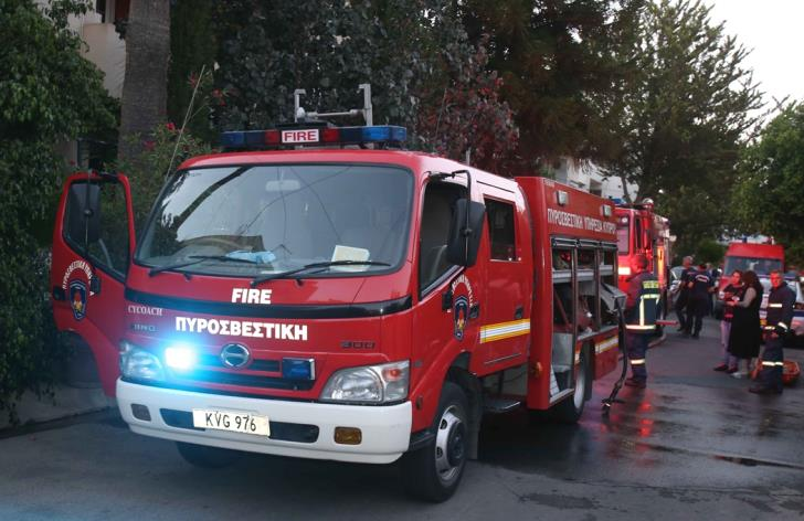 Woman suffers serious burns after fire in her Nicosia home