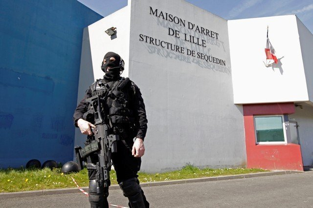 French police recapture