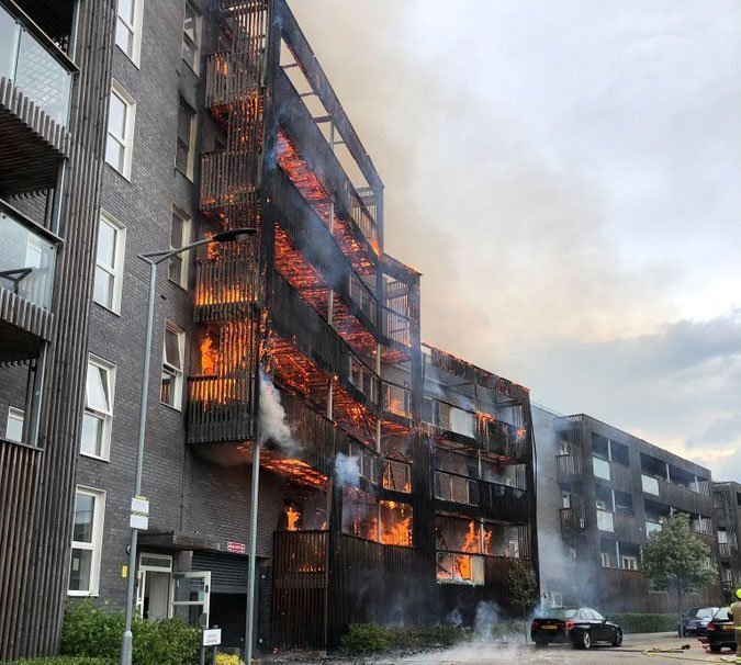 15 fire engines called to fire at a block of flats in London