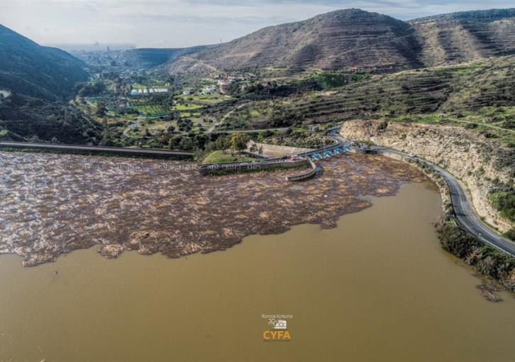 Germasoyia dam overflows (video+pictures)