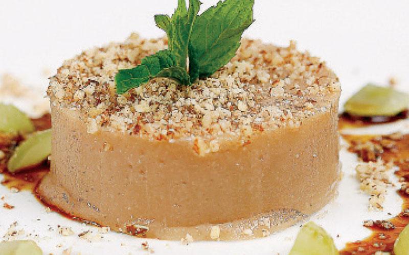 Grape pudding with epsima & almonds