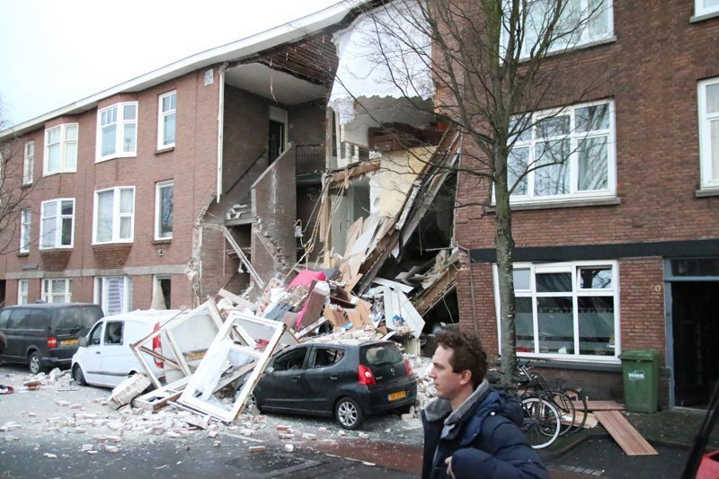 Nine injured in blast in The Hague caused by gas leak (pics)