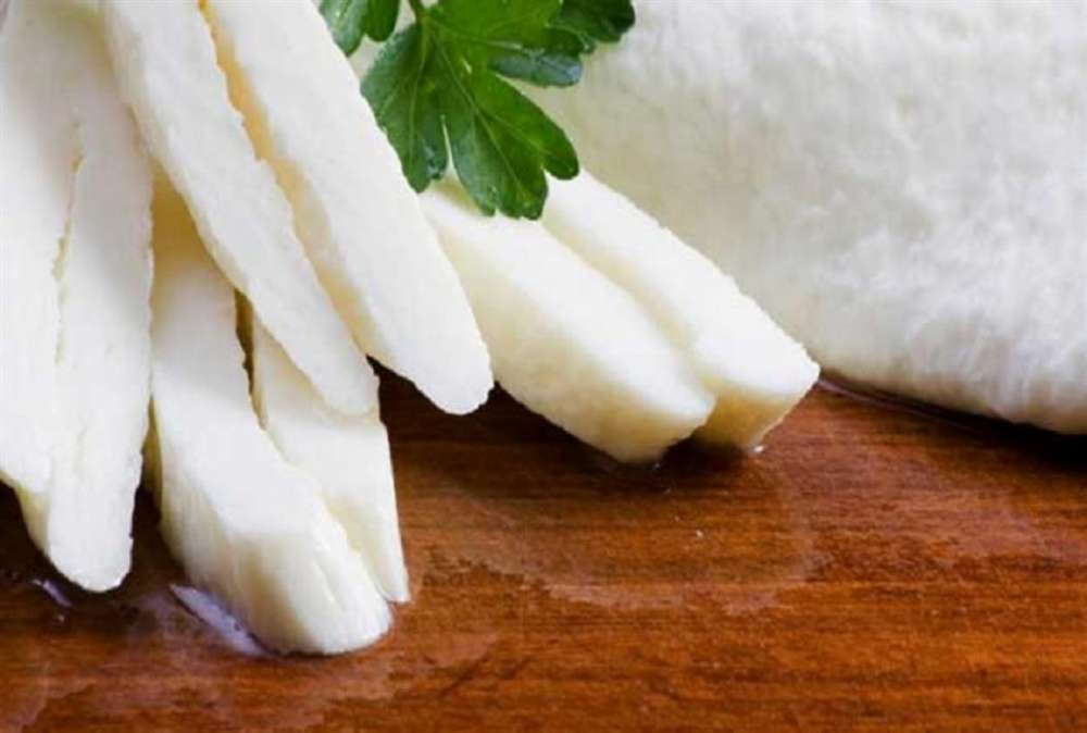 Agriculture Minister: Government doing utmost to protect halloumi