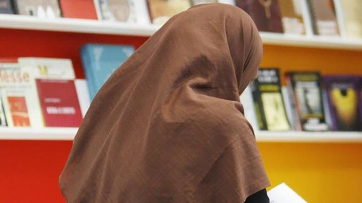 Party proposes prohibiting Islamic attire in schools