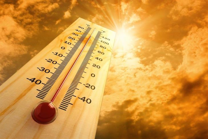 Light dust and temps of 41C; Met office issues yellow alert