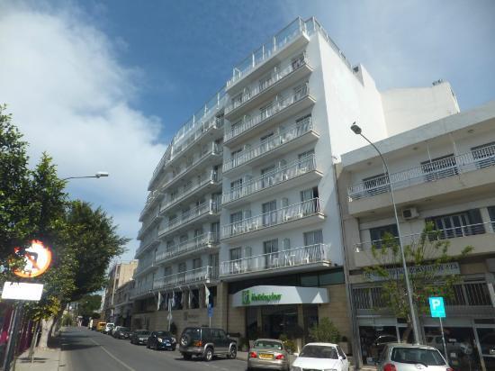 Greek company buys Nicosia hotel