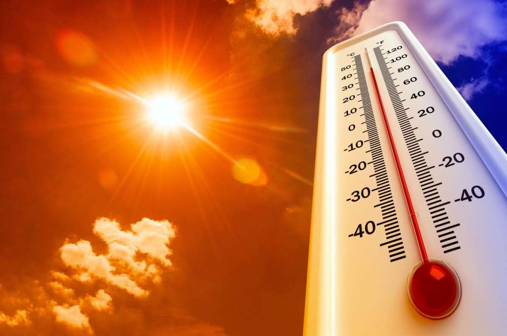 Temperatures at 35 C inland with dust forecast from tomorrow