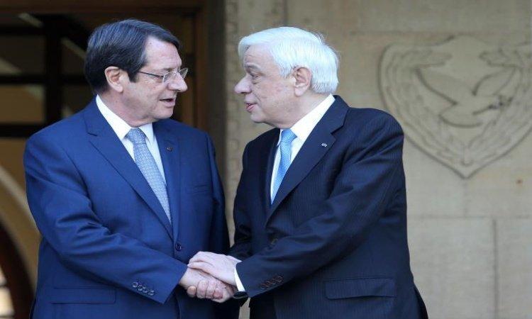 Cyprus President informs Greek counterpart over Cyprus developments