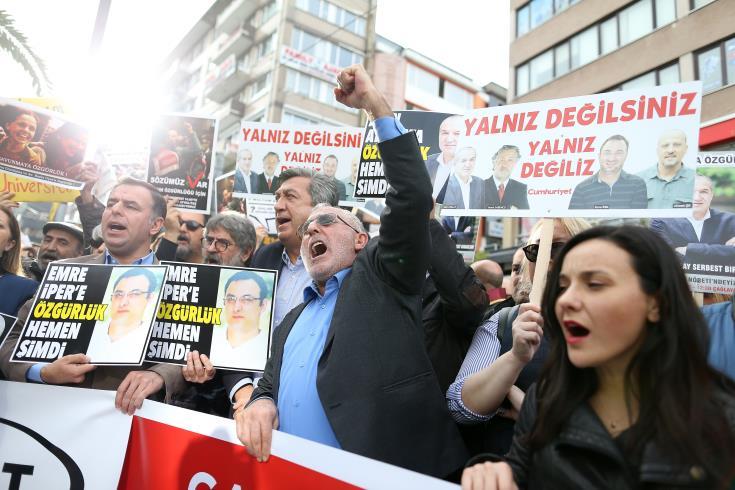 EU institutions and media representatives slam Turkey on freedom of the press