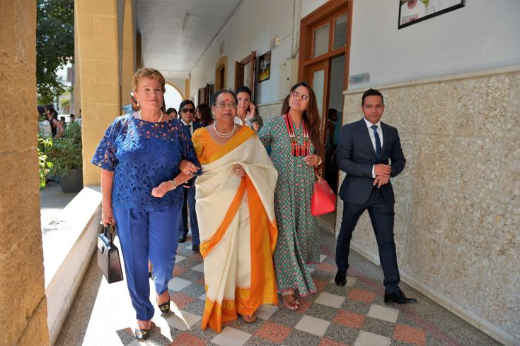 India's First Lady donates over €8