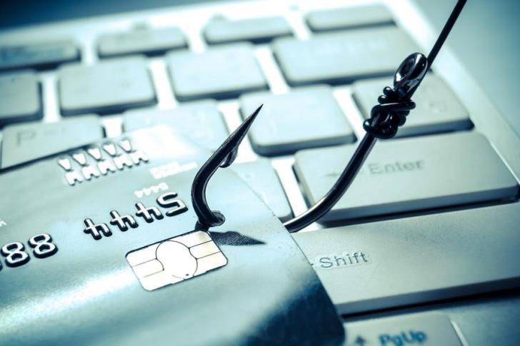 Limassol: Greek man falls victim to Internet scam