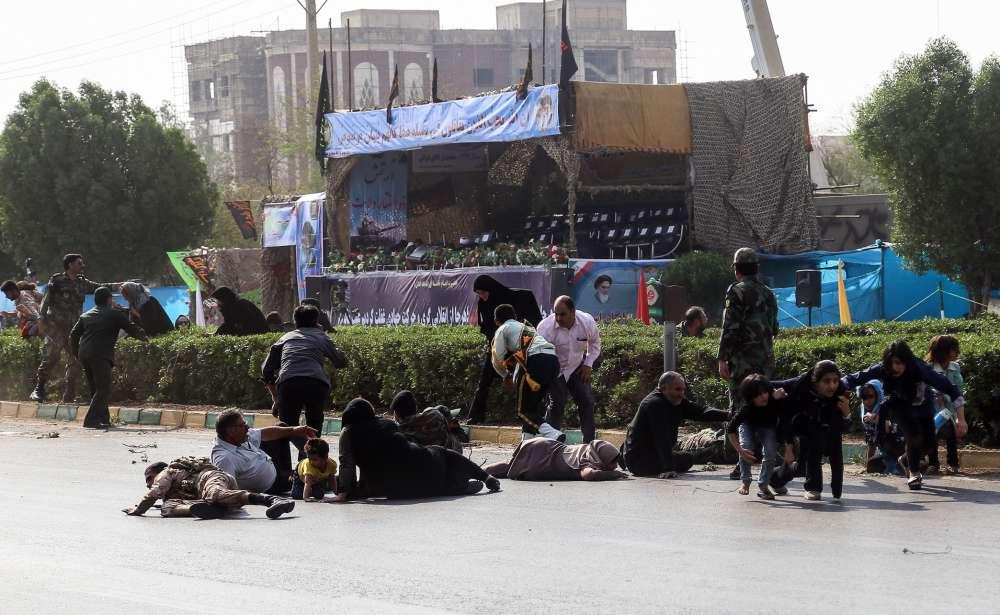Gunmen kill 25 in attack on Iran military parade