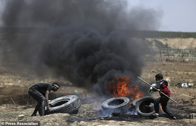 UN Security Council to discuss Gaza after day of deadly violence
