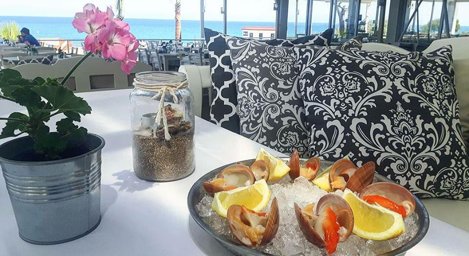 Restaurants on the beach: Where to eat after hitting the beach