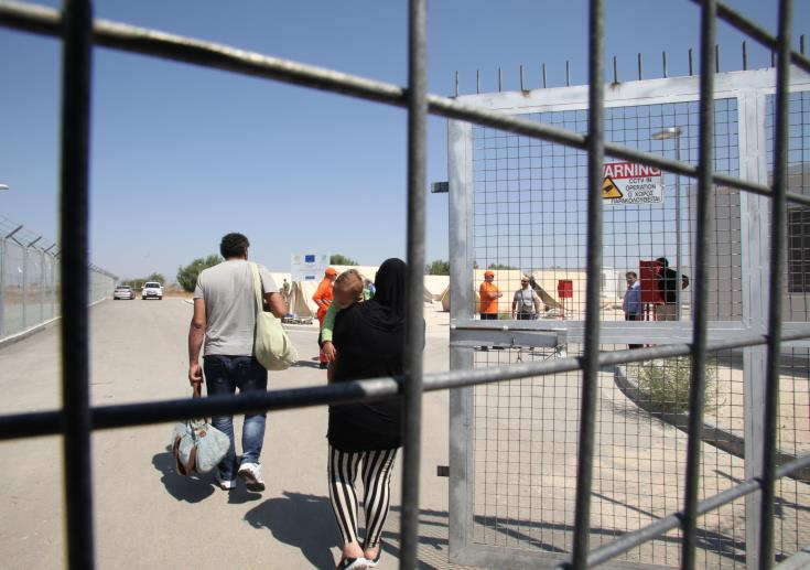 Athienou: 10 asylum seekers cross into government controlled areas