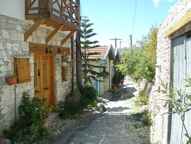 Lania village