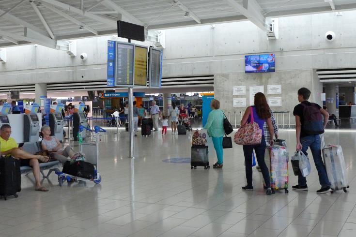 Six Larnaca flights affected by Greek fires