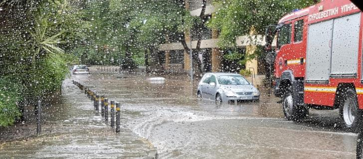 Larnaca roads re-open after flooding