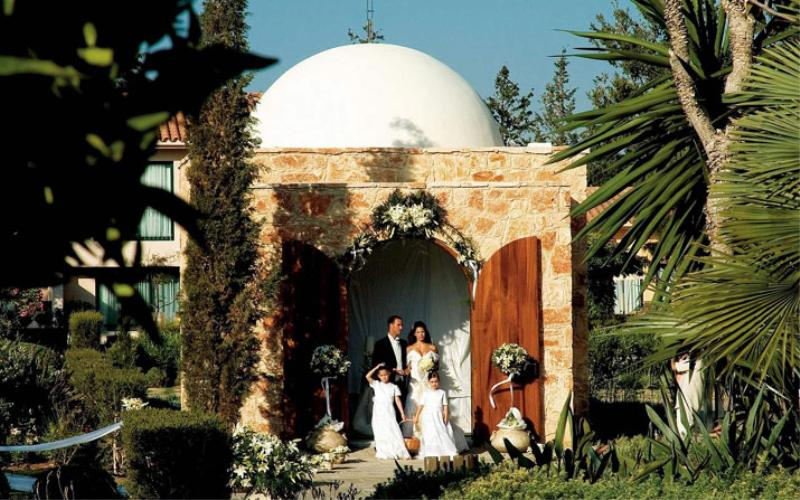 Have your wedding at the Le Meridien Limassol Spa and Resort