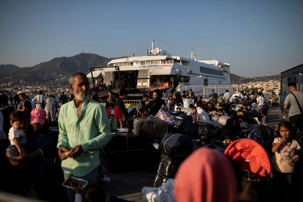 Greece moves hundreds of asylum-seekers from crowded island camp