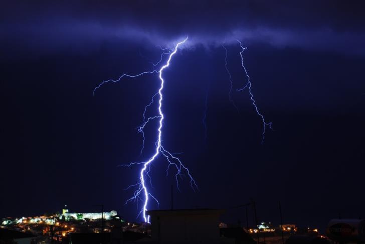 Two men injured by lightning