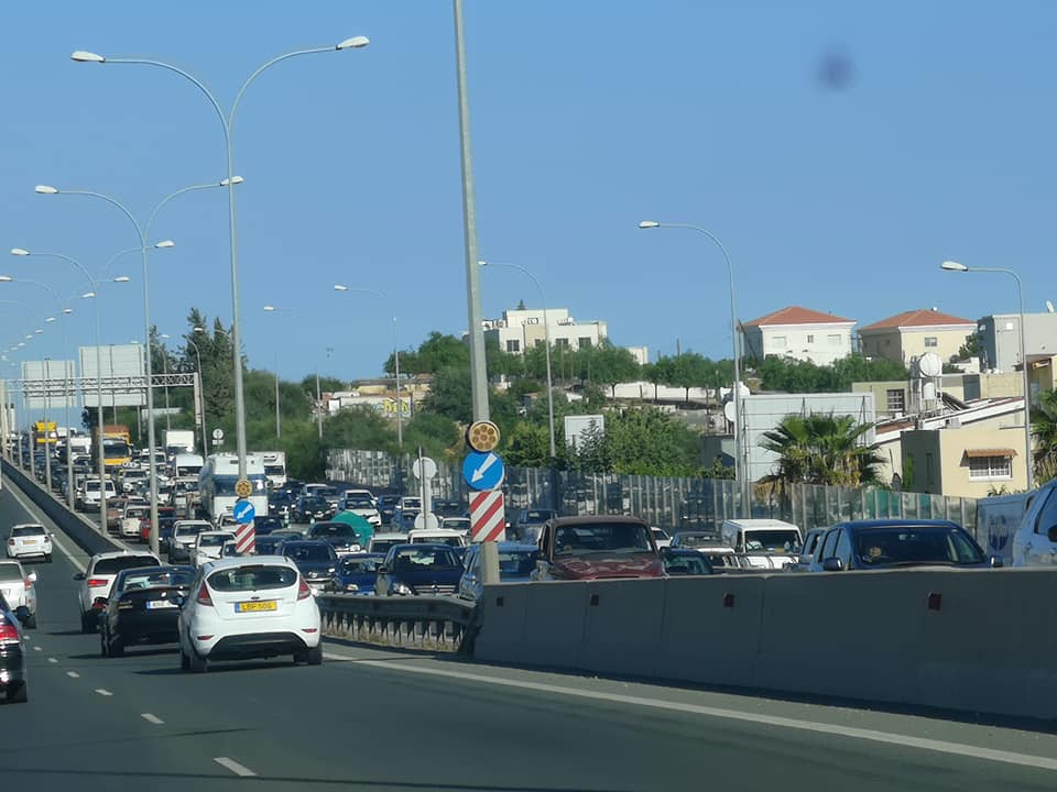 Traffic congestion on Limassol – Paphos highway (Photos)