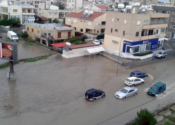 Limassol: Serious problems in town centre after heavy rain